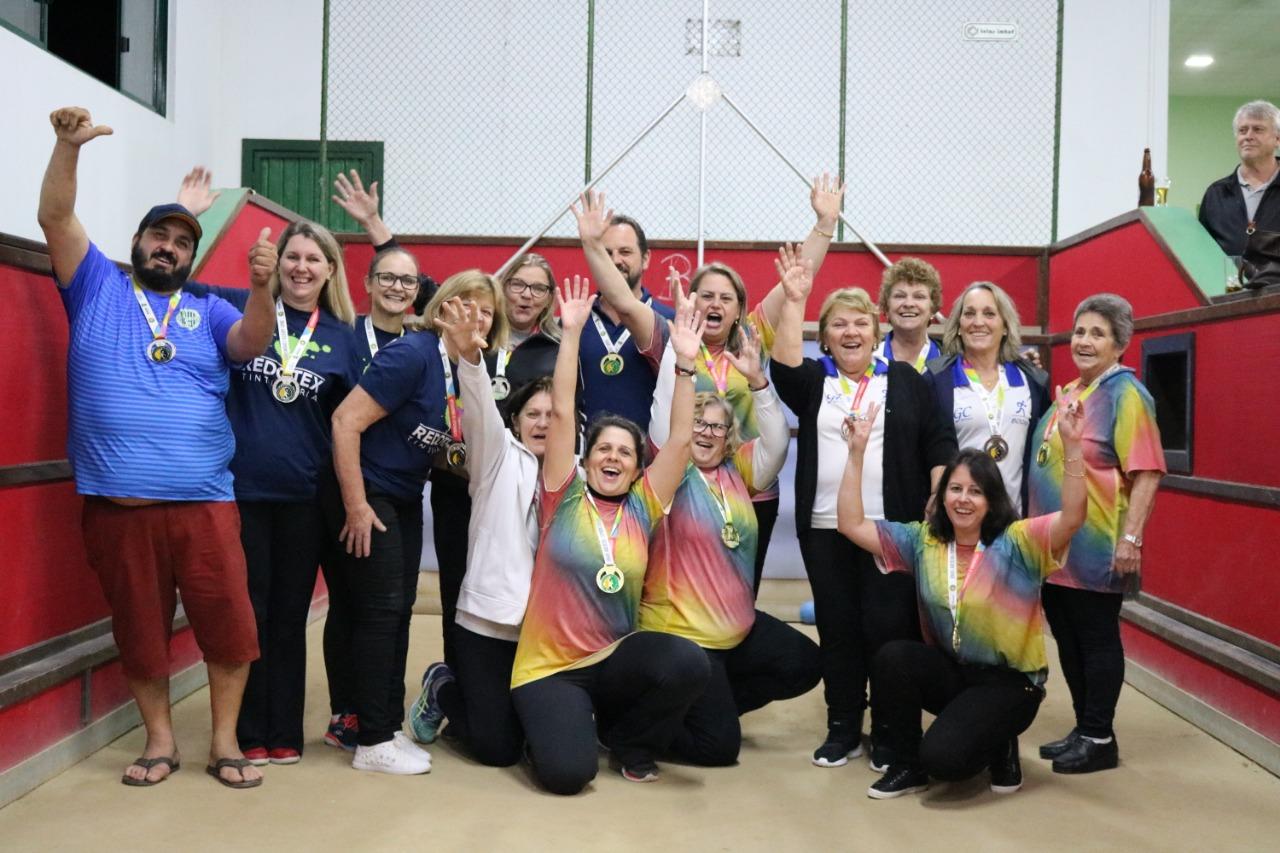 Em noite de grandes decisões, título na sinuca consolida o  bicampeonato dos Jogos Comunitários de Brusque para o Águas Claras