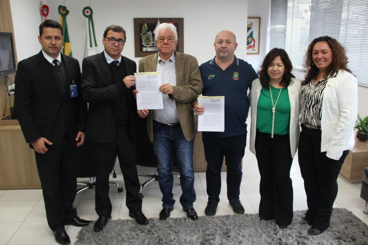 Prefeitura de Brusque assina contrato de R$ 5 milhões com Banco do Brasil