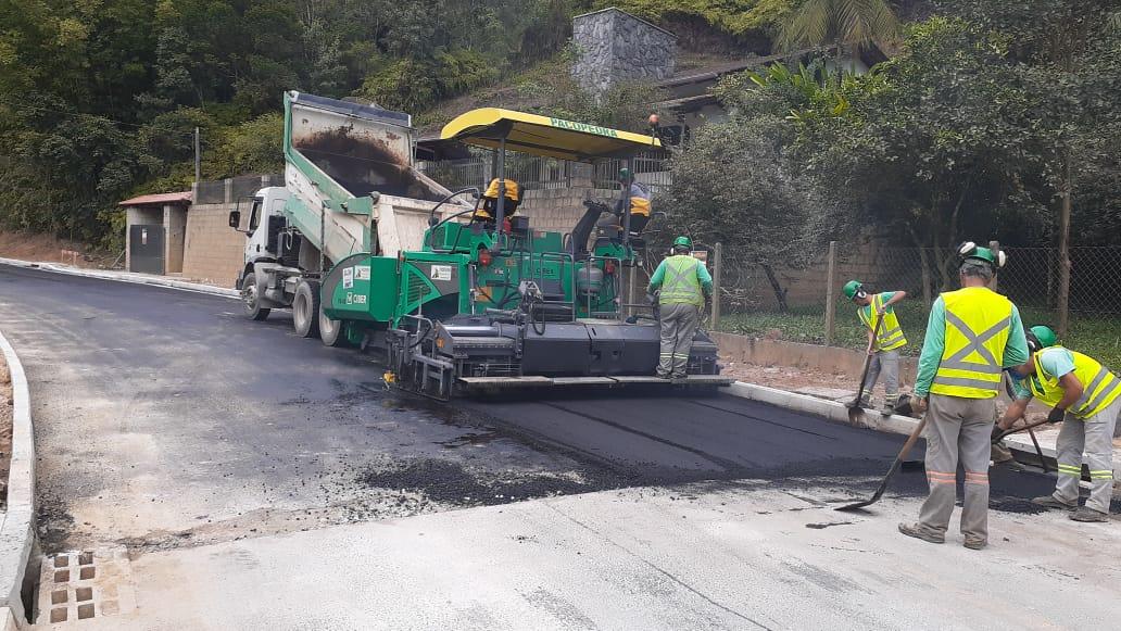 Rua Padre Antônio Eising passa por mais uma etapa de pavimentação