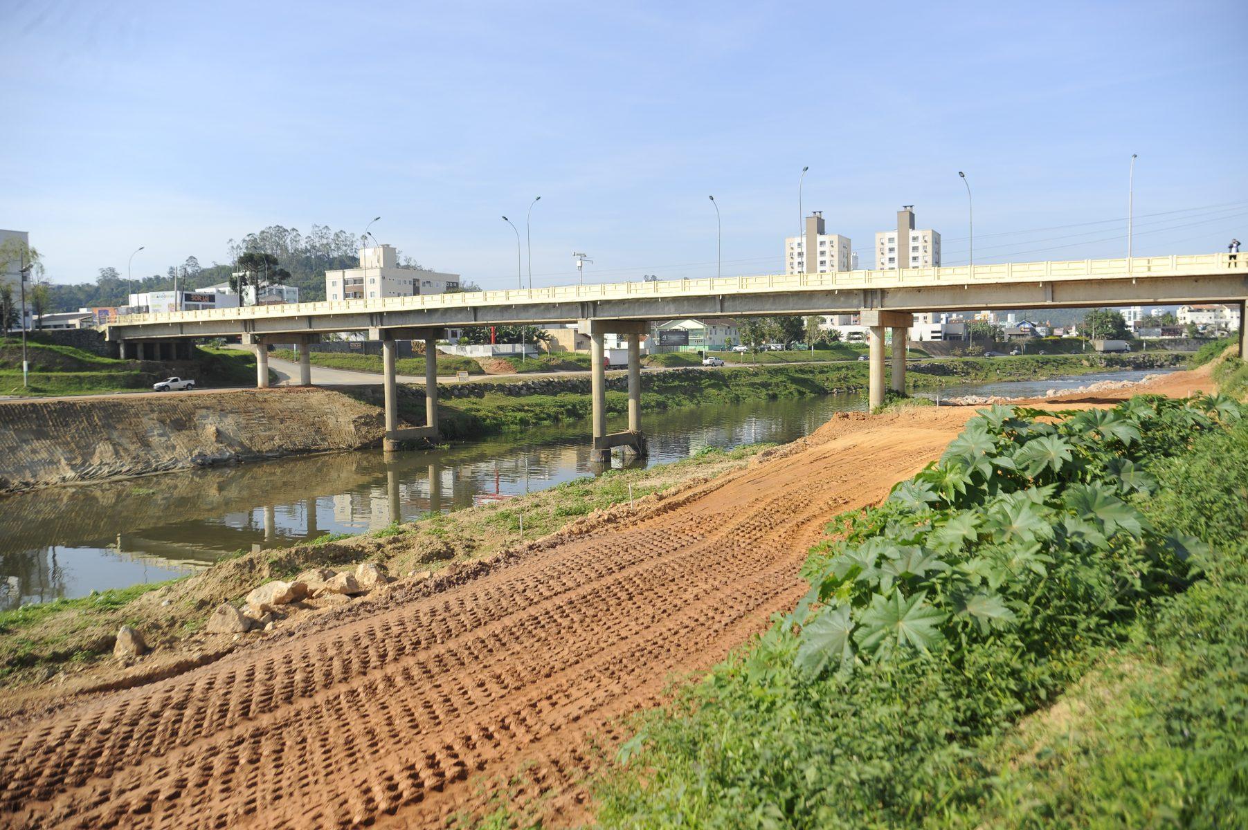 Obras da Beira Rio Margem esquerda estão dentro do cronograma previsto