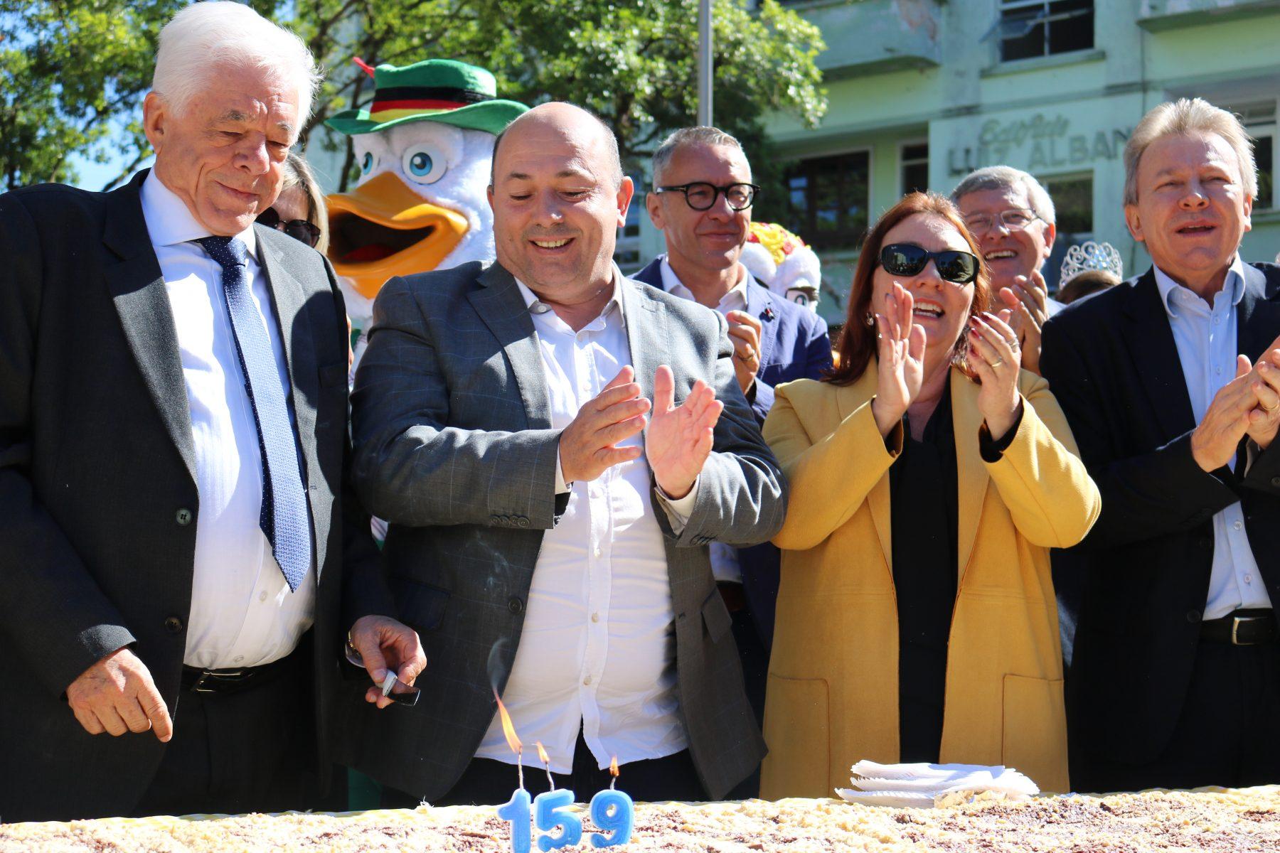 Vice-prefeito Ari Vequi fala sobre a programação de 159 anos de Brusque