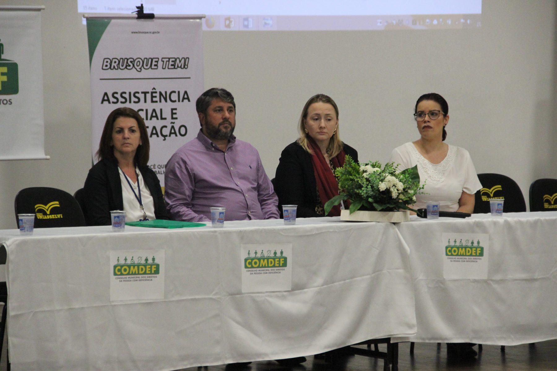 Prefeitura promove seminário sobre os direitos da pessoa com deficiência