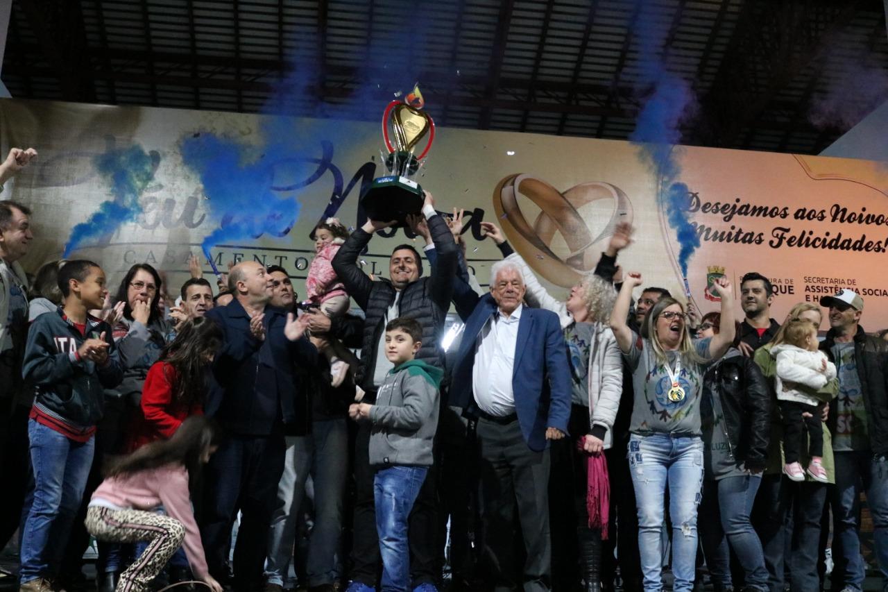 Águas Claras comemora oficialmente o bicampeonato dos Jogos Abertos Comunitários de Brusque