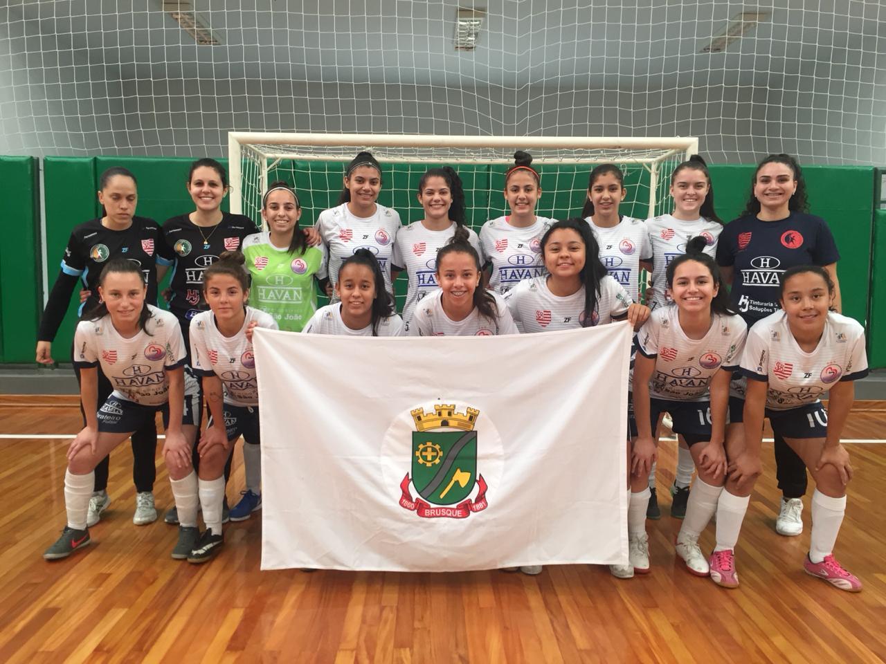 Barateiro Futsal/FME aposta na base e já colhe frutos com atletas locais
