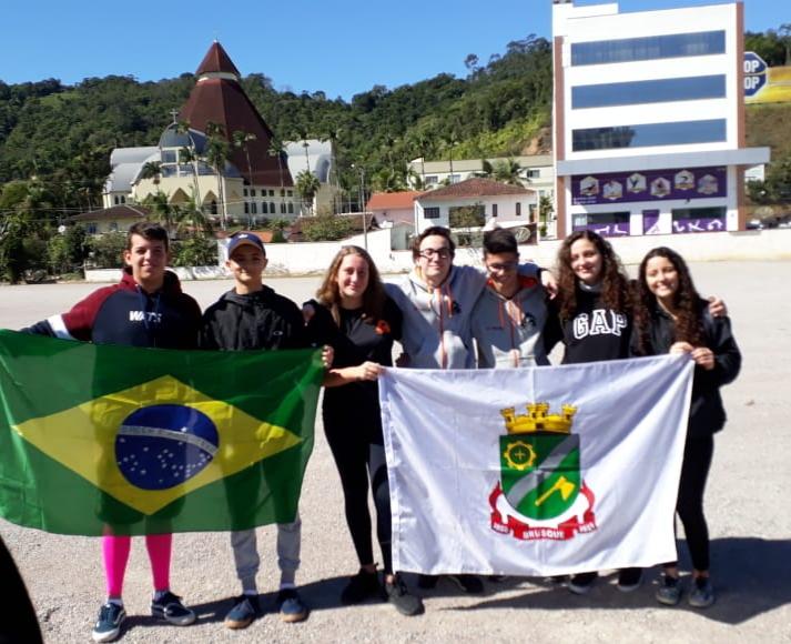 Brusquenses conquistam medalhas em competição no Uruguai