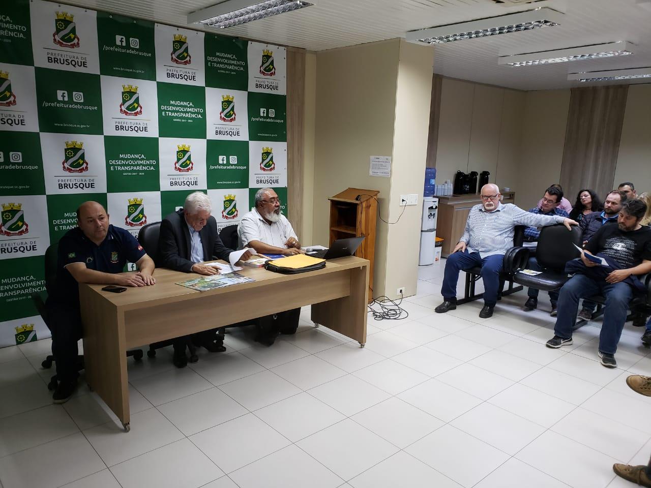 Coordenador do IBGE explica Censo Demográfico 2020 para secretários municipais