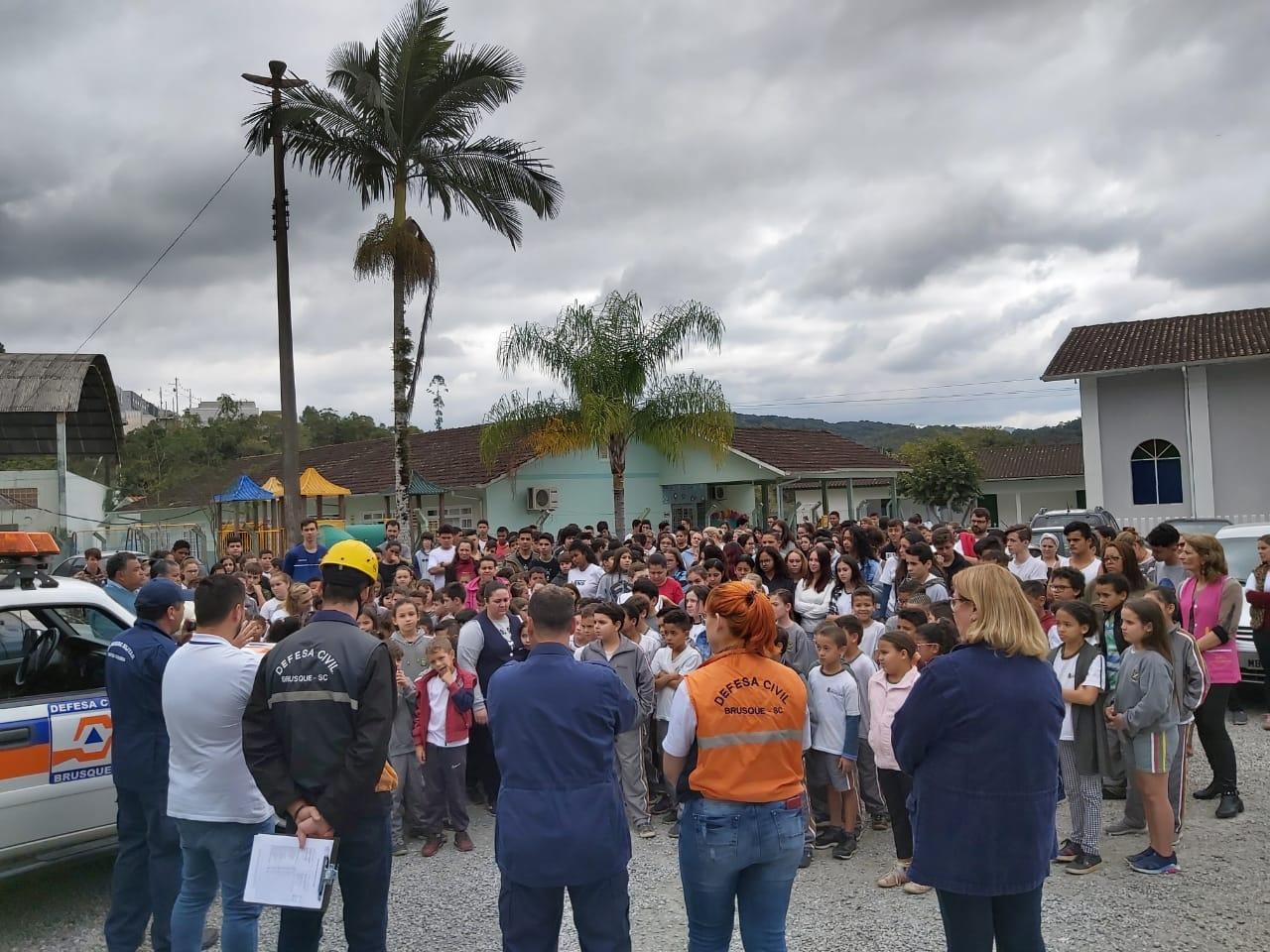 Defesa Civil já realizou simulação de evacuação por incêndio em duas escolas