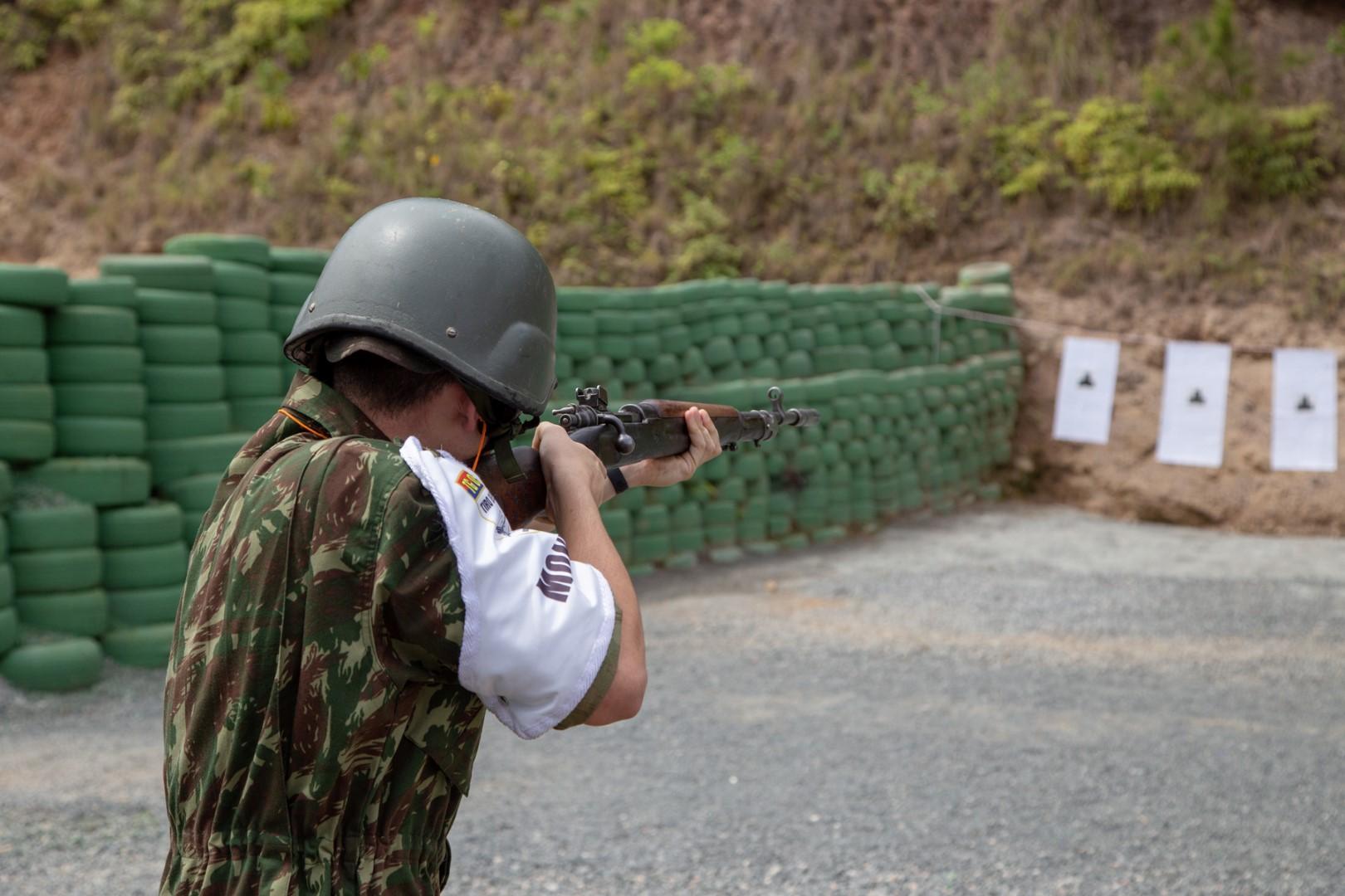 TG realiza instrução básica de tiro em Blumenau