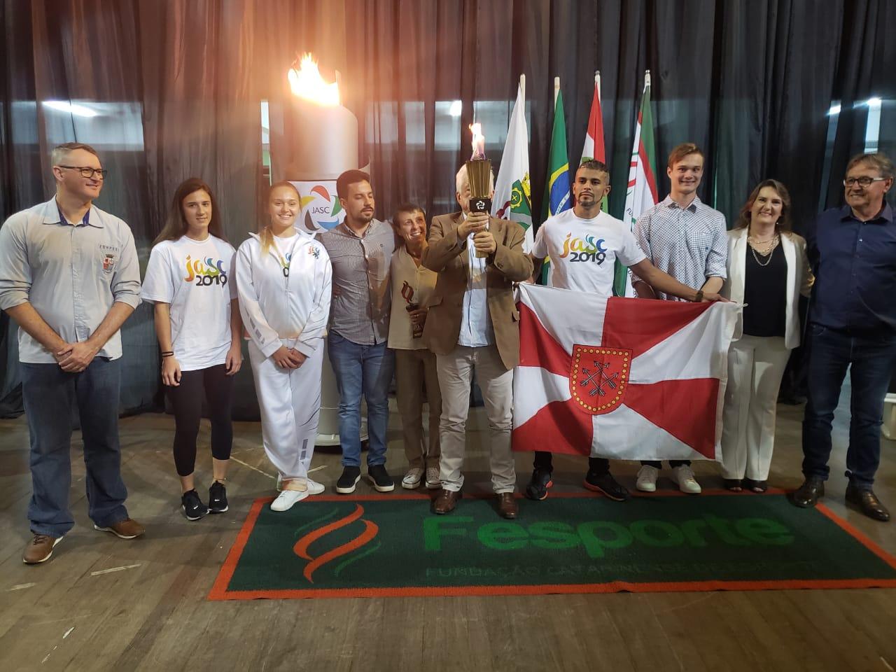 Brusque recebe cerimônia do Fogo Simbólico dos Jogos Abertos de 2019