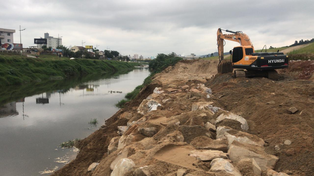 Iniciadas perfurações para construção de ponte na margem esquerda da Beira Rio
