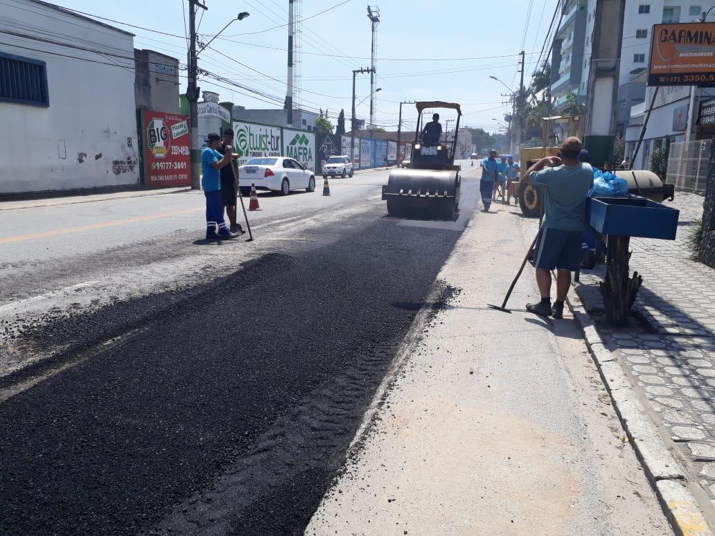Parceria público-privada resolve problema de alagamento no entorno da rotatória da Figueira