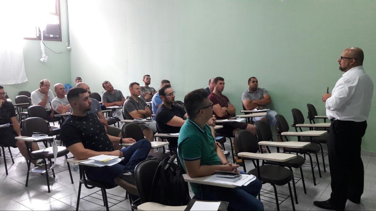 Agentes da GTB participam de capacitação sobre alterações na legislação e no Código de Trânsito Brasileiro (CTB)