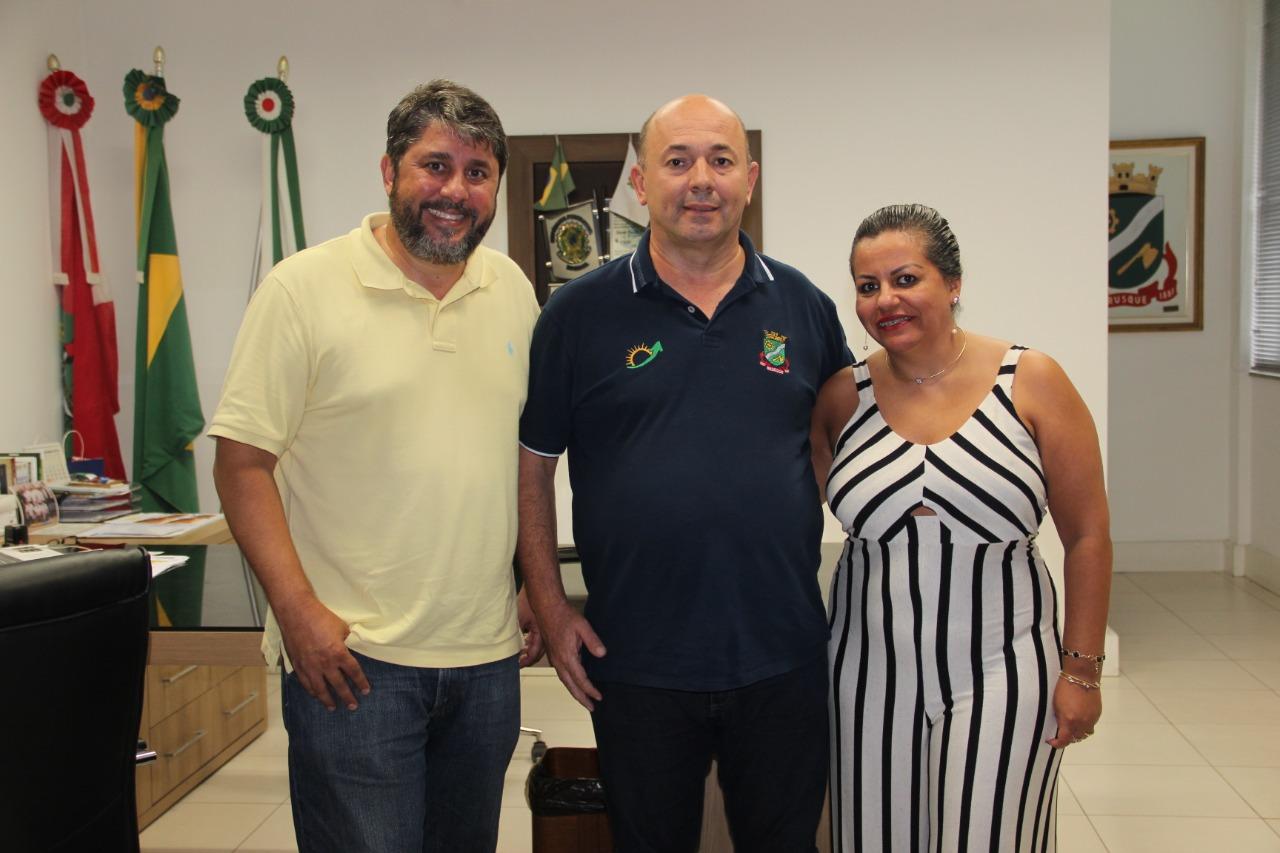 Fabiana Demétrio assume Secretaria de Assistência Social