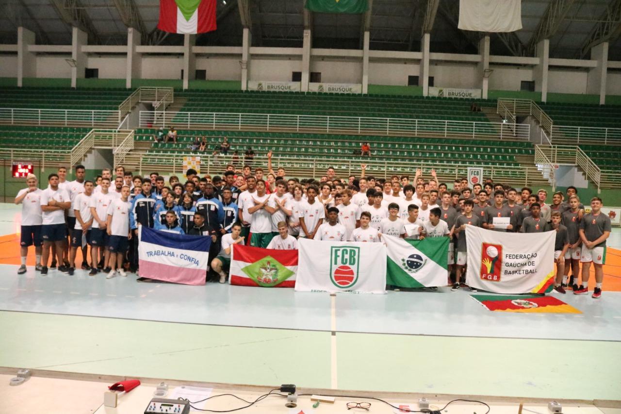 Campeonatos Sul-Brasileiros de Basquete encerram com títulos das seleções do Paraná e de Santa Catarina