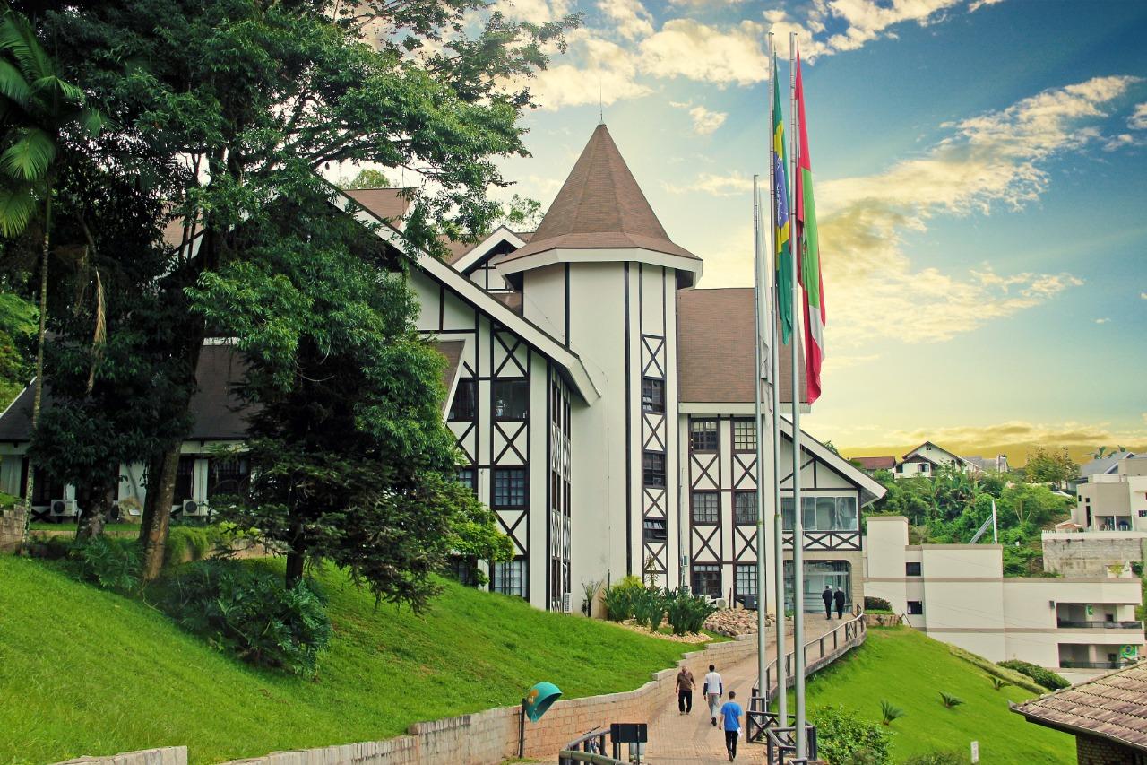 Prefeitura de Brusque concede férias coletivas aos servidores
