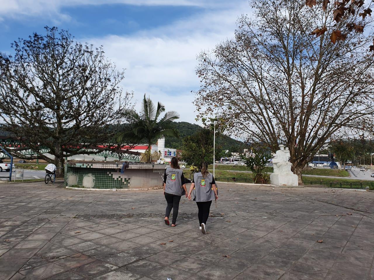 Prefeitura segue com trabalhos de abordagem social na Praça Gilberto Colzani