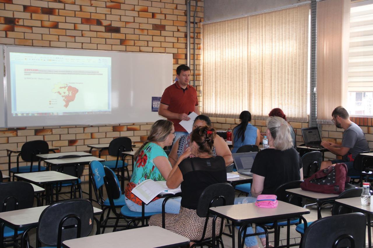 Professores da Educação Infantil finalizam mais uma etapa da formação continuada