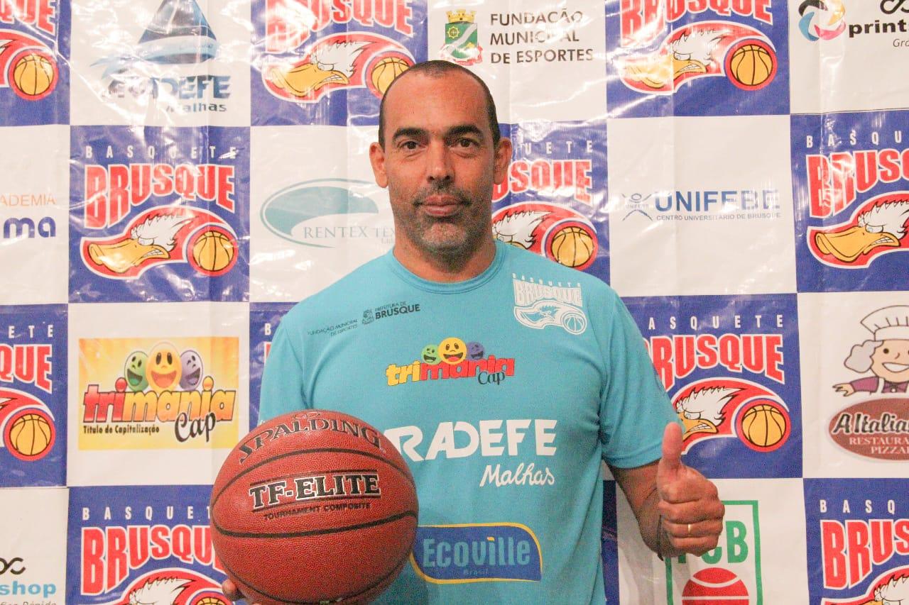 Bicudo projeta Brusque Basquete/FME forte no Campeonato Brasileiro