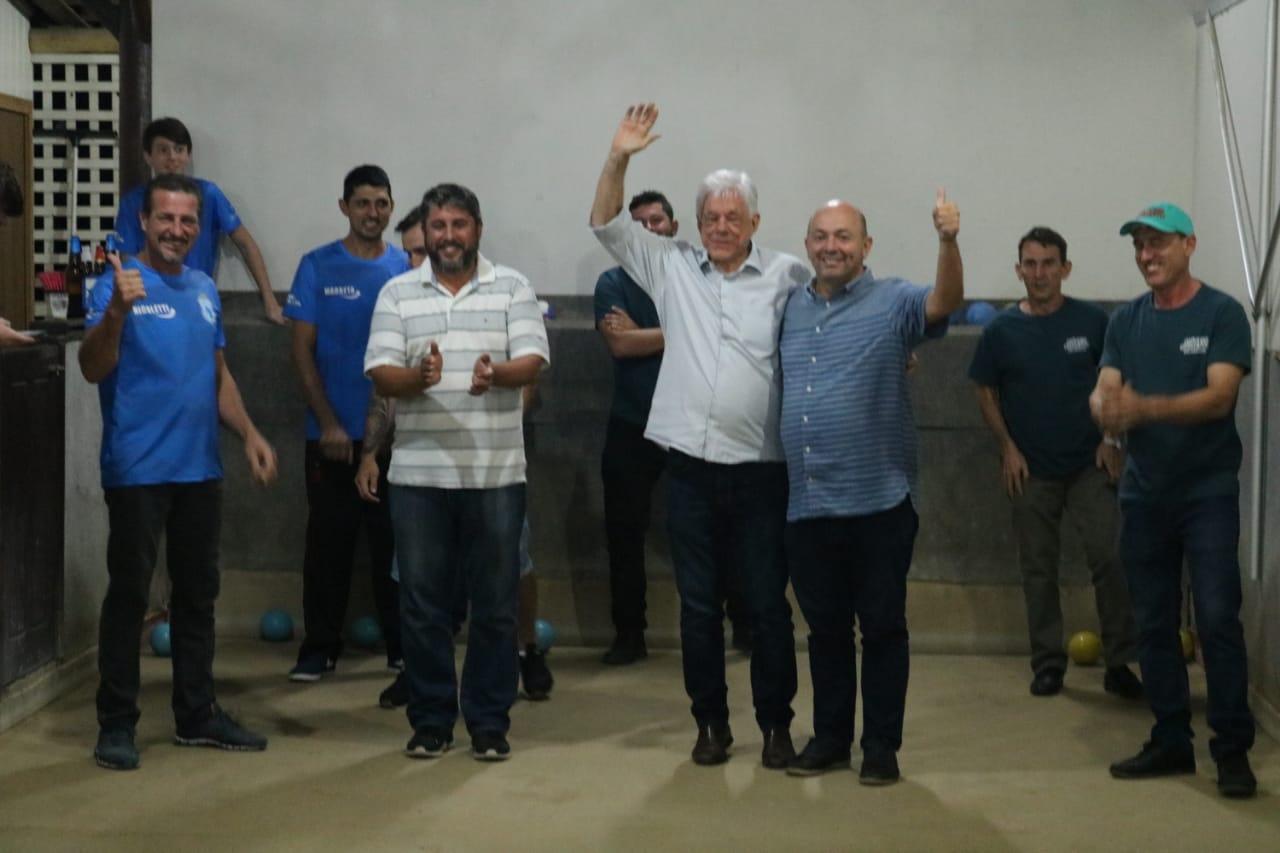 Auto Peças Nicoletti e Móveis Modesto abrem o Municipal de Bocha Vale Tudo masculino de Brusque