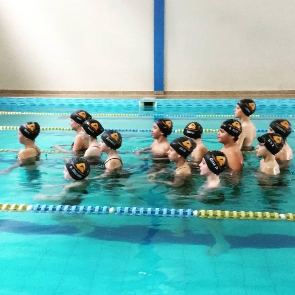 Projeto de escolinhas da natação reiniciam nesta quarta-feira (4) em Brusque. Saiba como se inscrever