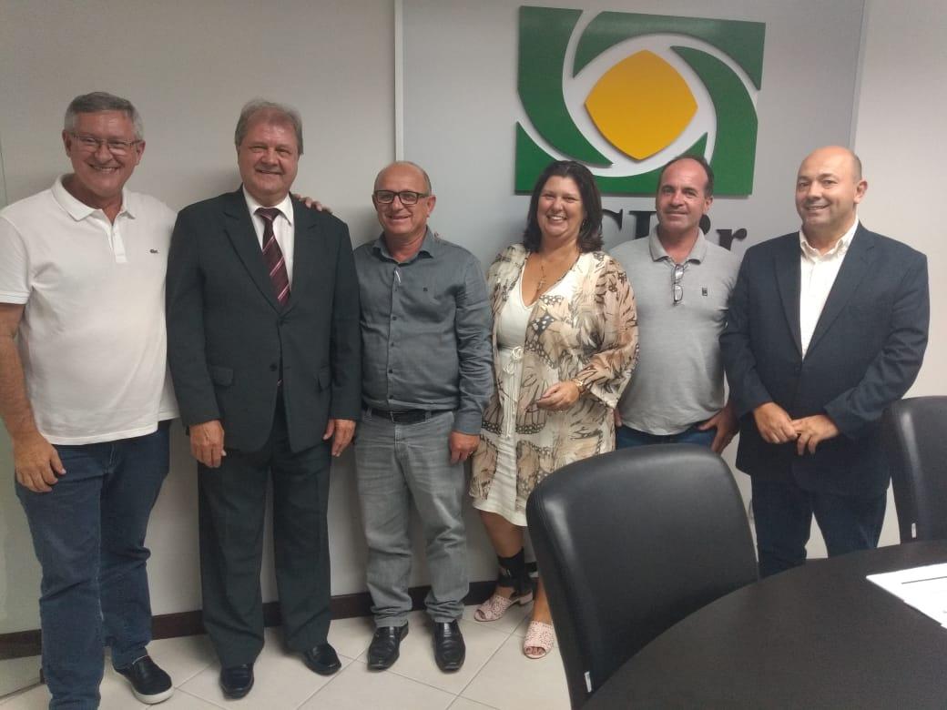 Representantes do Executivo, da segurança pública e do meio empresarial pedem permanência de juiz na comarca