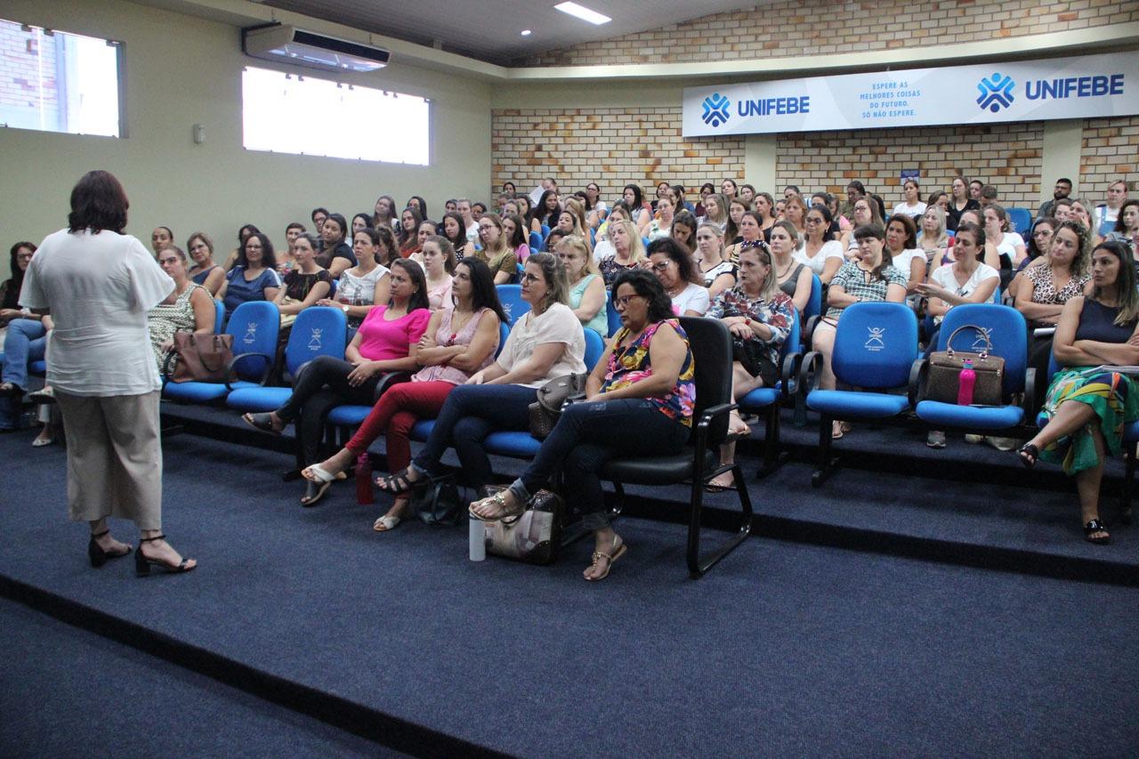 Secretaria da Educação realiza mais uma etapa de formação contínua com os professores da educação infantil