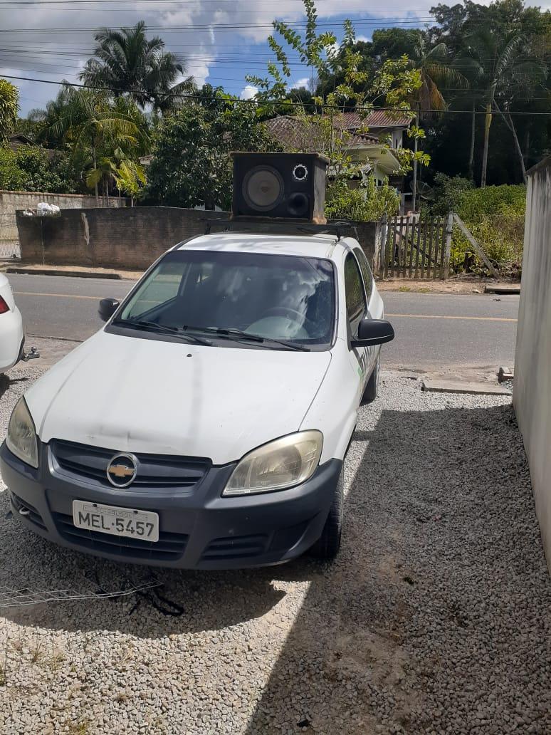Serviço de carro de som auxilia na orientação e agradecimento aos moradores de Brusque