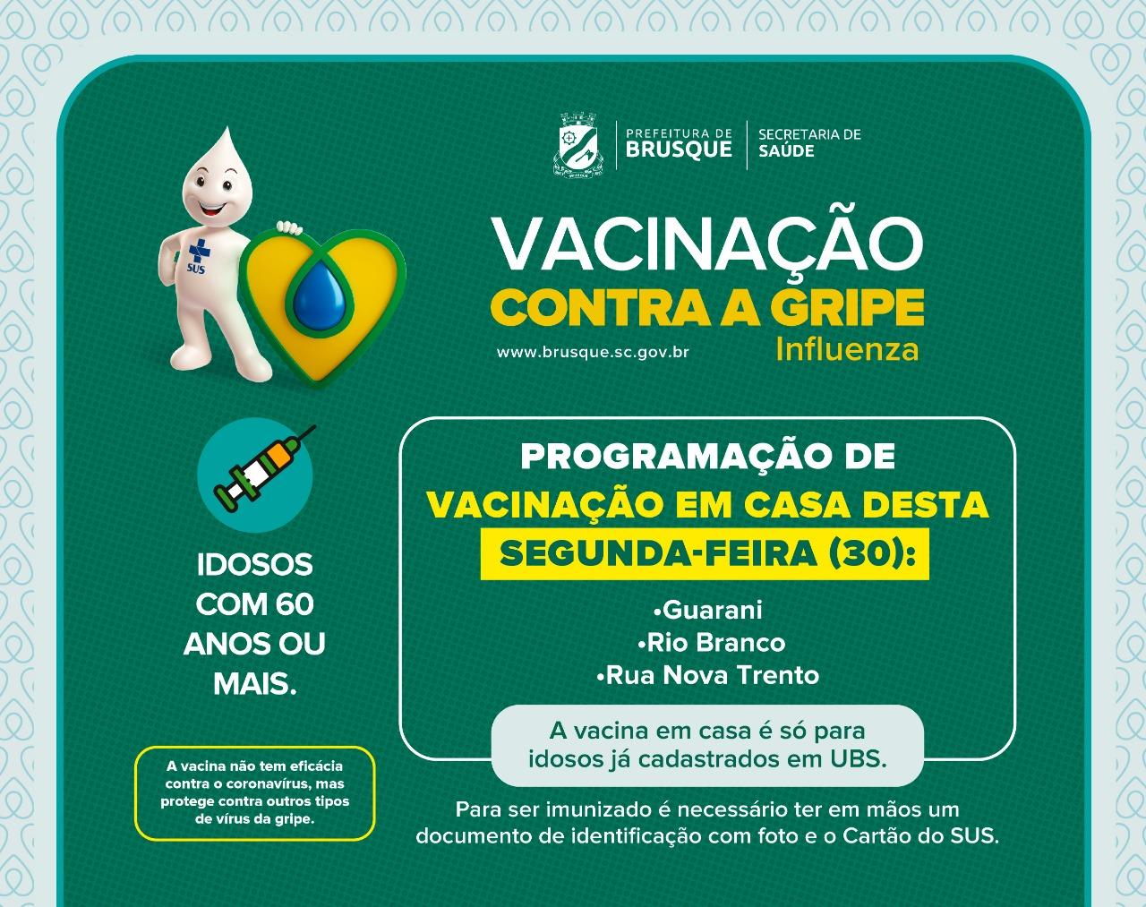 Idosos dos bairros Guarani, Rio Branco e rua Nova Trento recebem vacina em casa