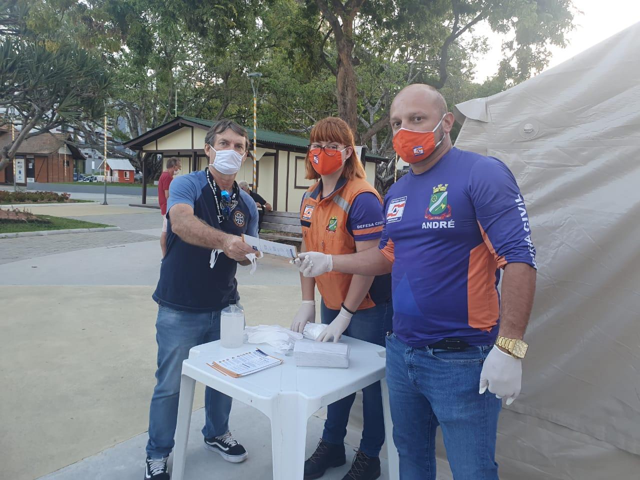 Prefeitura de Brusque vai distribuir 100 mil máscaras e estenderá isolamento para 28 dias para casos confirmados de Covid-19