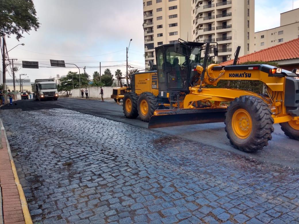 Iniciada pavimentação asfáltica de quatro ruas do Centro