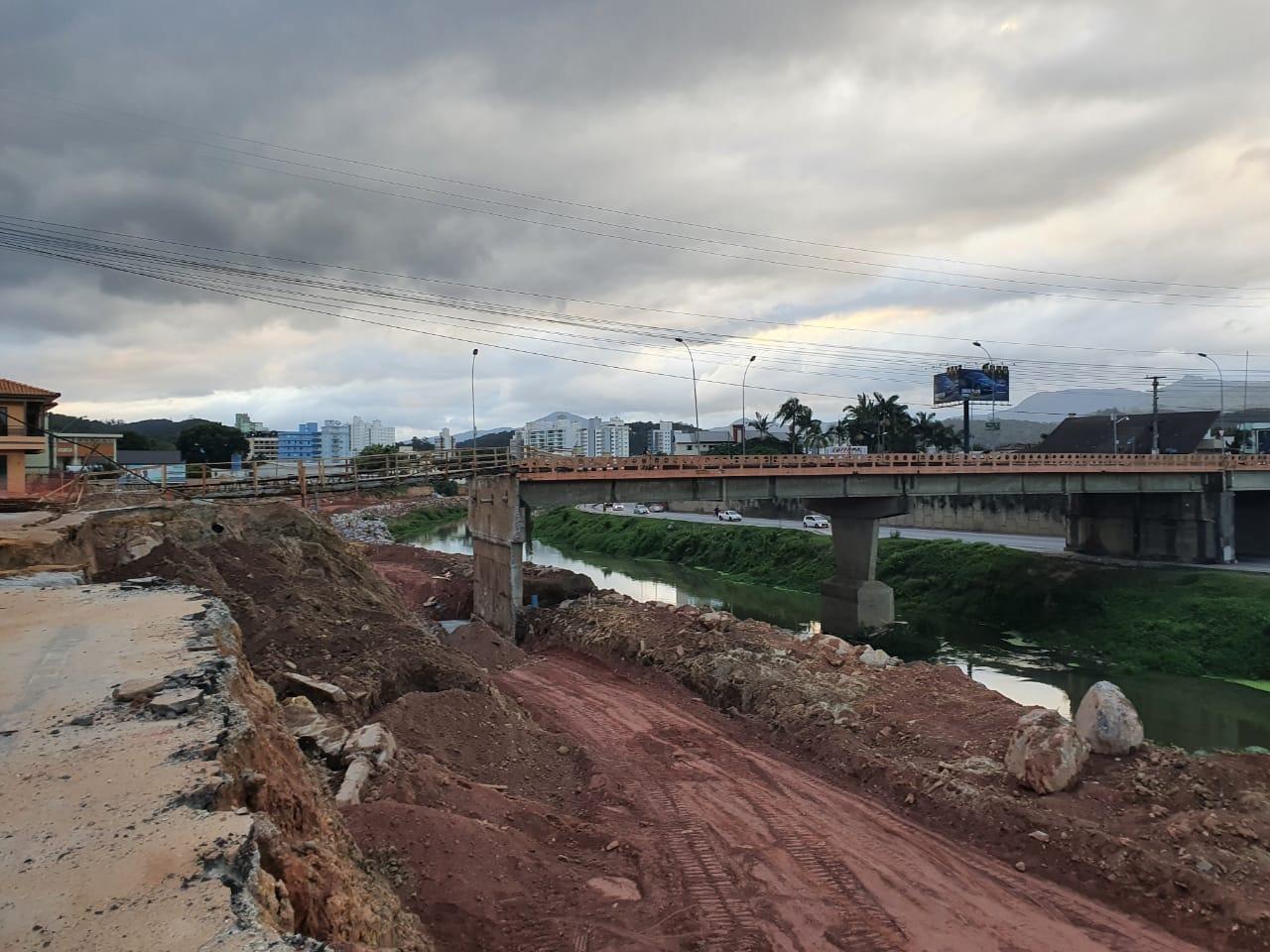 Ponte Mário Olinger estará fechada para pedestres na segunda-feira (27)