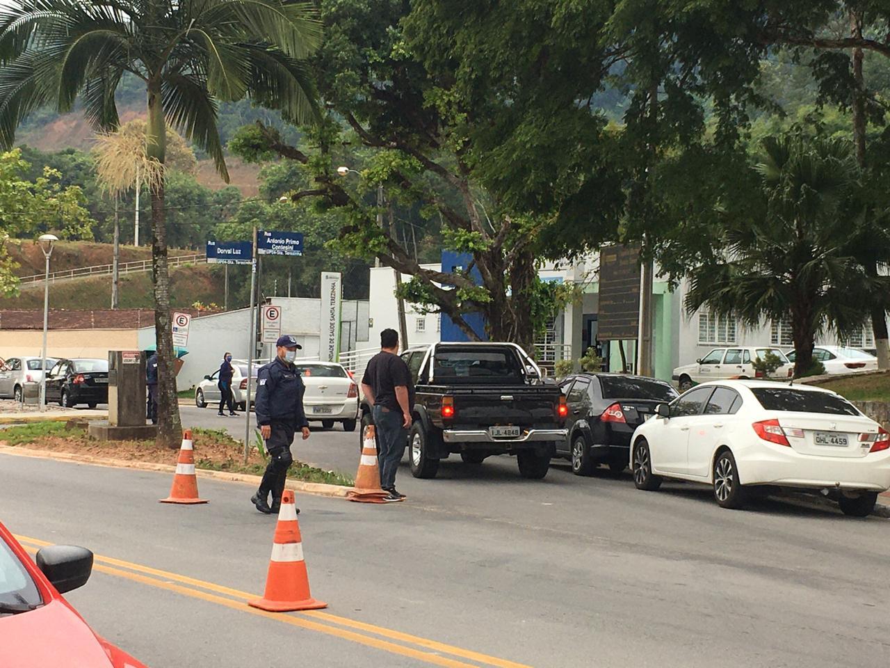 Covid-19: Quase 10 mil pessoas foram abordadas na barreira sanitária do bairro Santa Terezinha