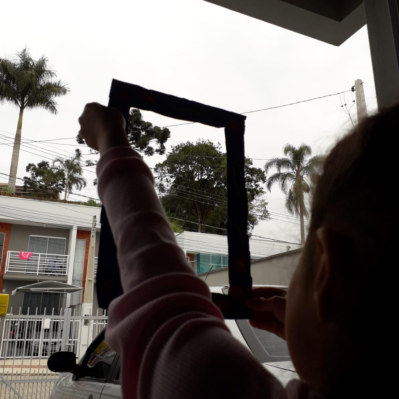 Professoras do CEI Clara Maria Furtado realizam atividades lúdicas envolvendo alunos e pais