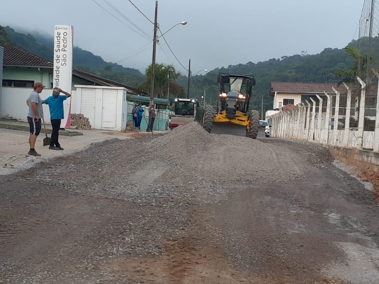Obra de drenagem e pavimentação da rua Catarina Visconti Imhof é concluída