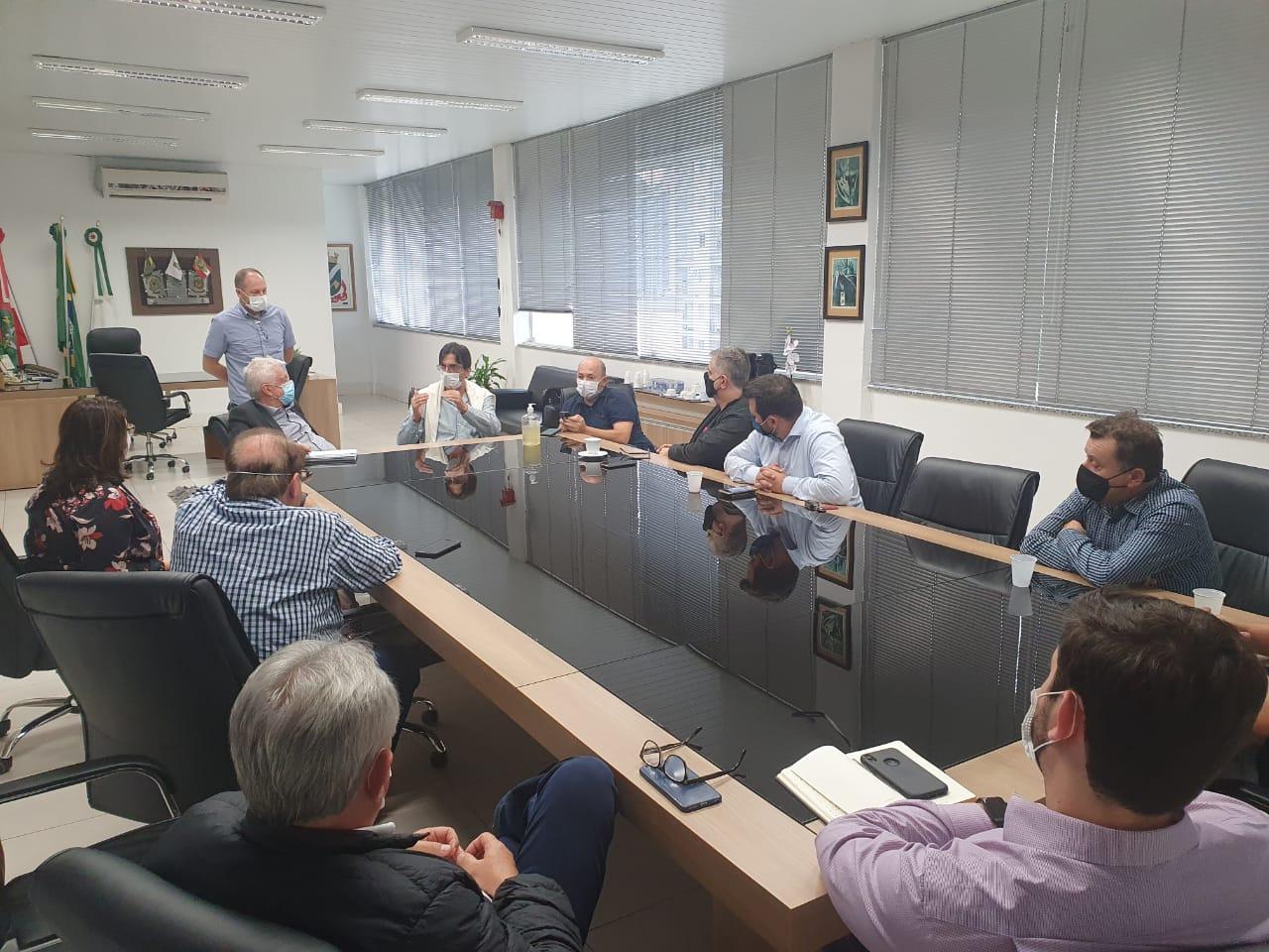 Poder público e entidades pedem conscientização da comunidade brusquense no enfrentamento a pandemia