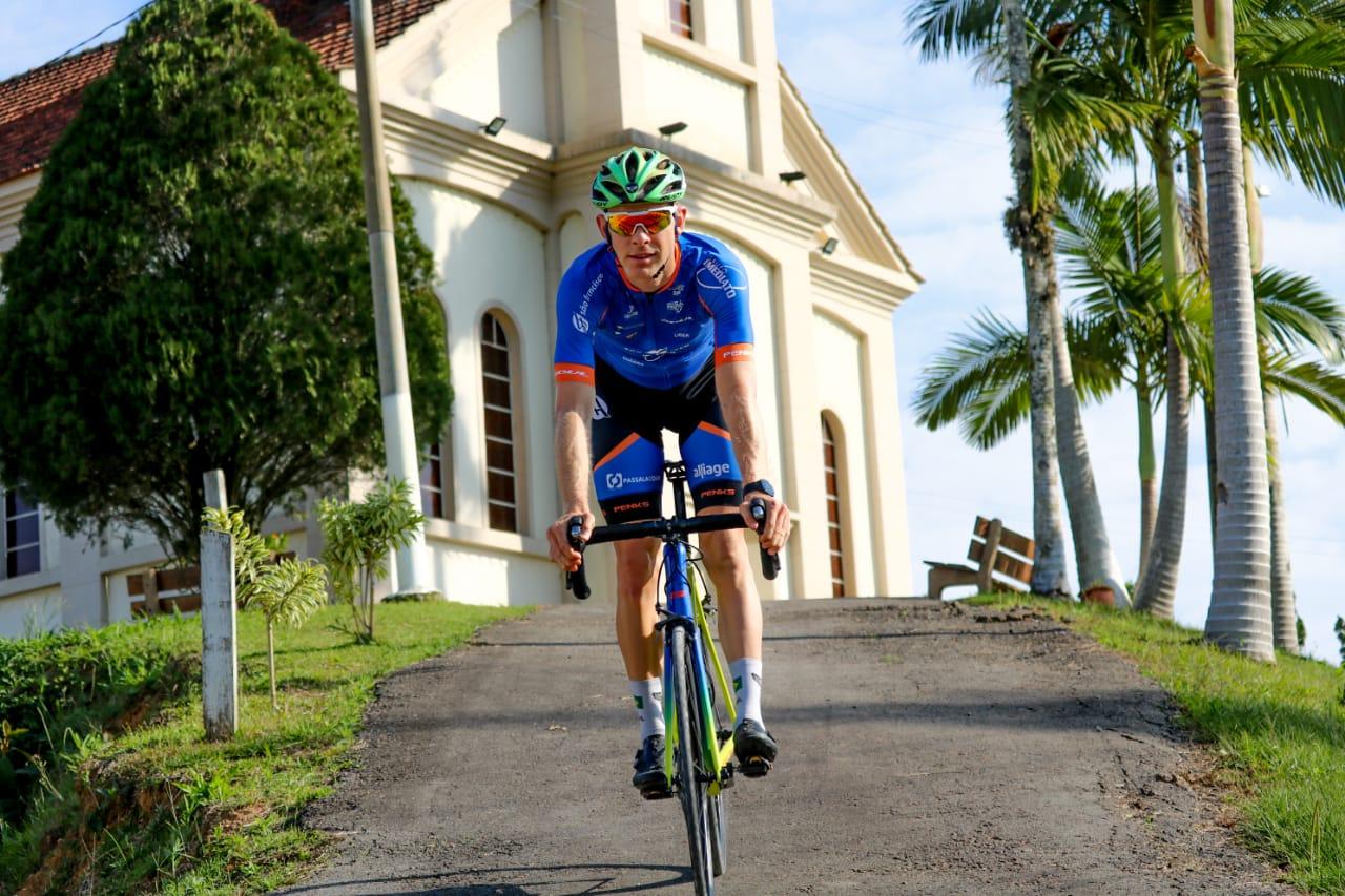 Atleta apoiado pela Prefeitura de Brusque almeja conquistar vaga nas Olimpíadas de 2024