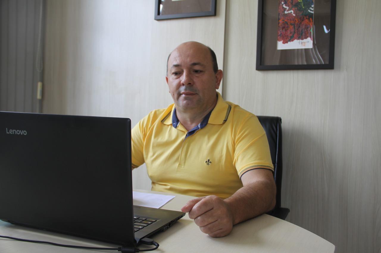 Prefeito eleito de Brusque participa de reunião com Observatório Social
