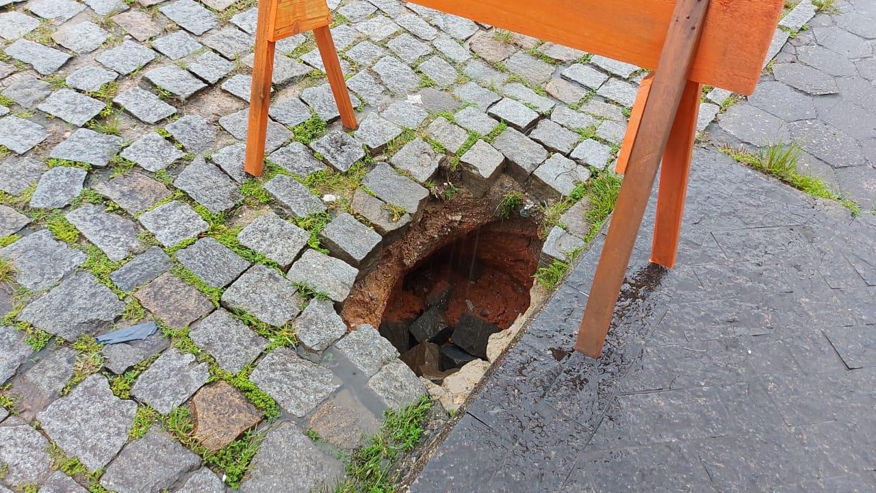 Defesa Civil de Brusque atende mais 11 ocorrências nas últimas horas, em função das chuvas