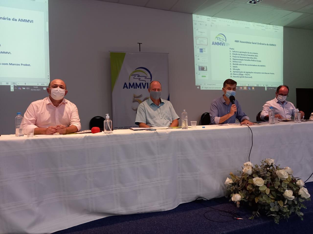 Ari Vequi participa da escolha da nova diretoria da AMMVI