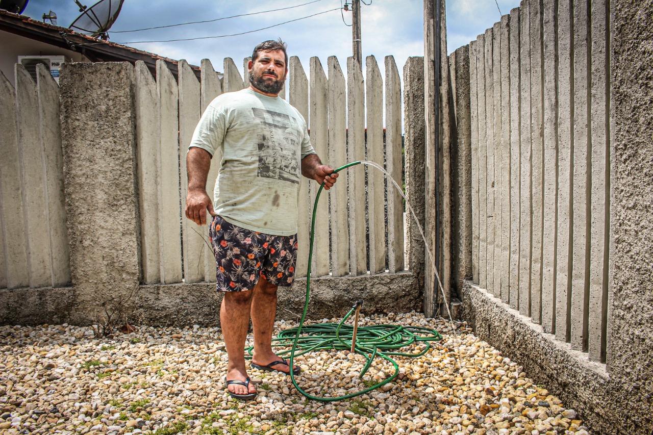 """""""Está todo mundo contente no bairro"""", diz morador do loteamento Cyro Gevaerd"""