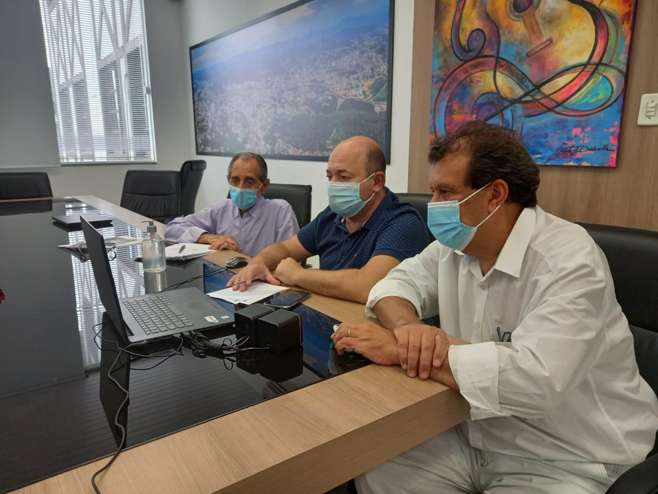 Prefeito de Brusque passa a integrar grupo de trabalho do setor hospitalar de três regiões catarinense