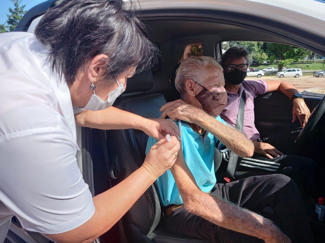 NOVO LOTE. Secretaria de Saúde abre agendamento para idosos com mais de 69 anos