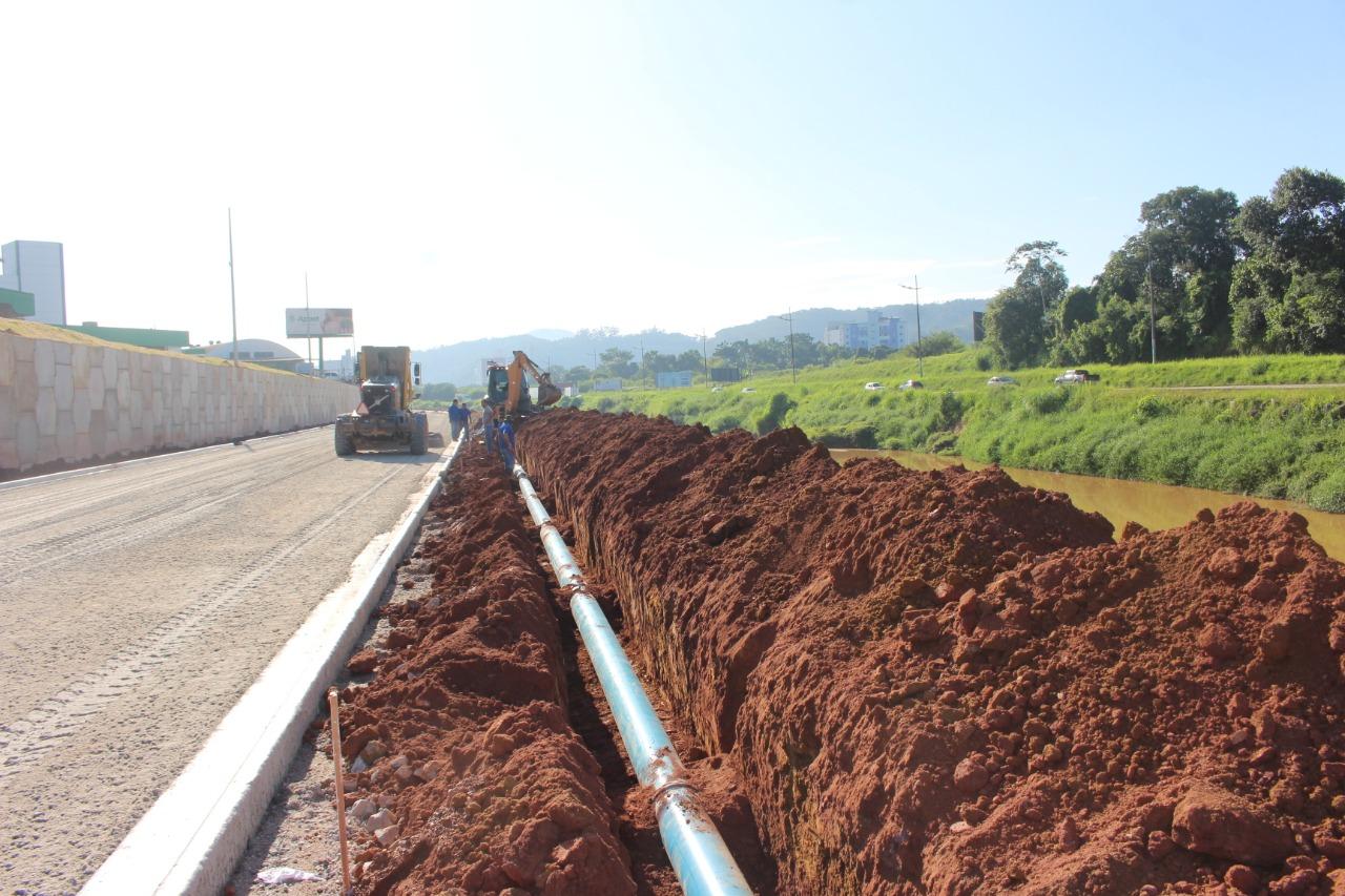 Samae implementa mais 300 metros de rede na margem esquerda da Beira Rio