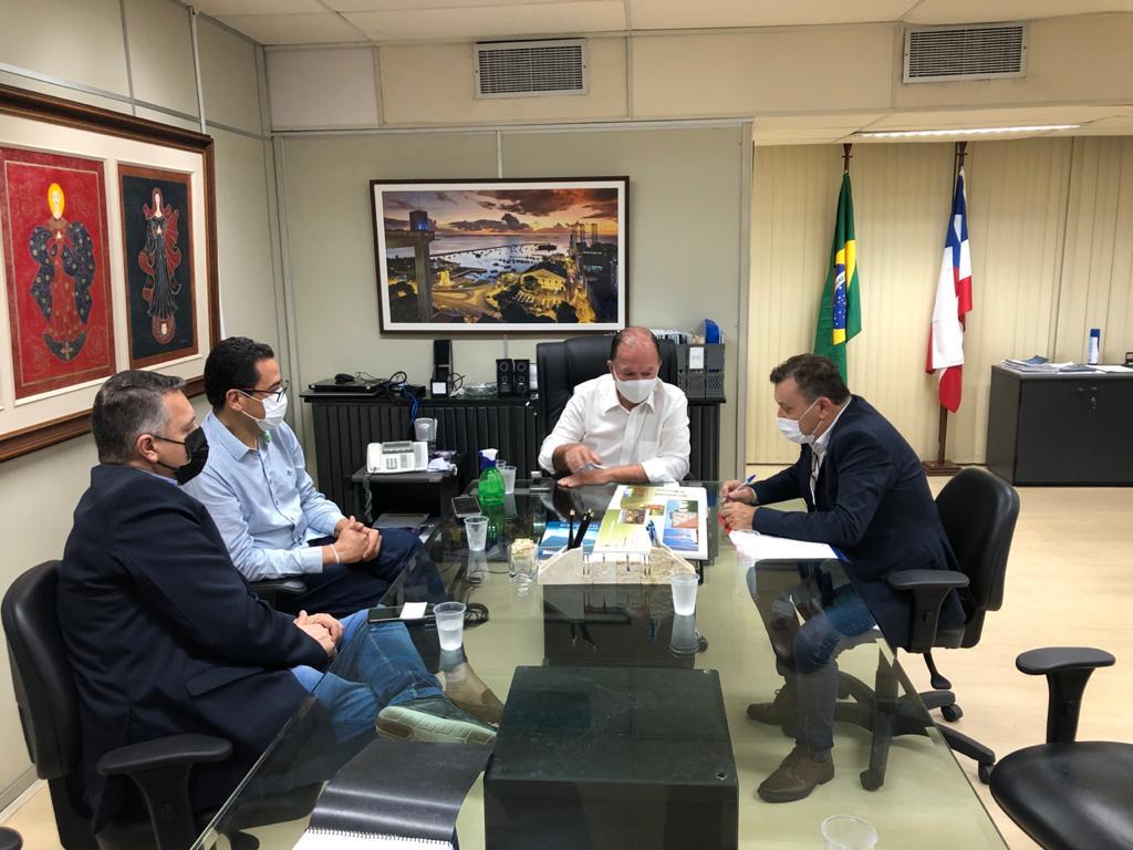 Reunião em Salvador (BA) trata de comercialização de produtos brusquenses no Estado