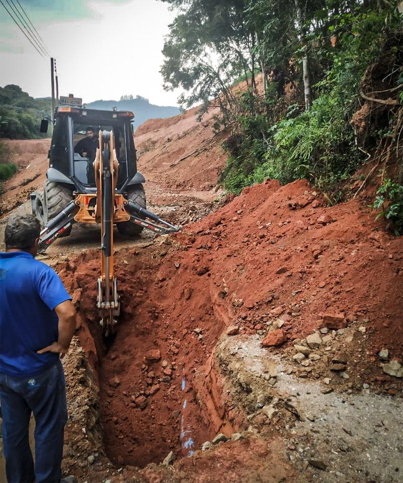 Samae Brusque realiza mudança de rede no terreno da ETA Cristalina