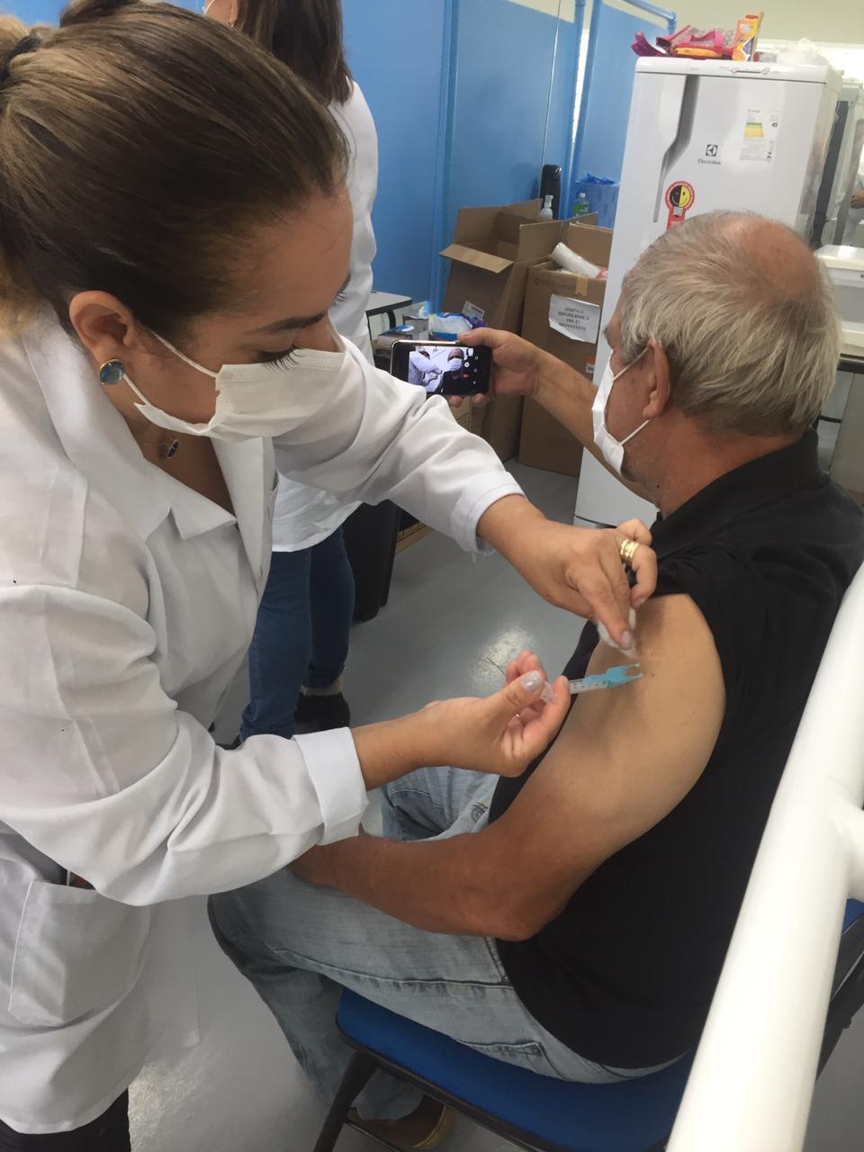 Covid-19: Ministério da Saúde inclui doenças neurológicas na lista de comorbidades