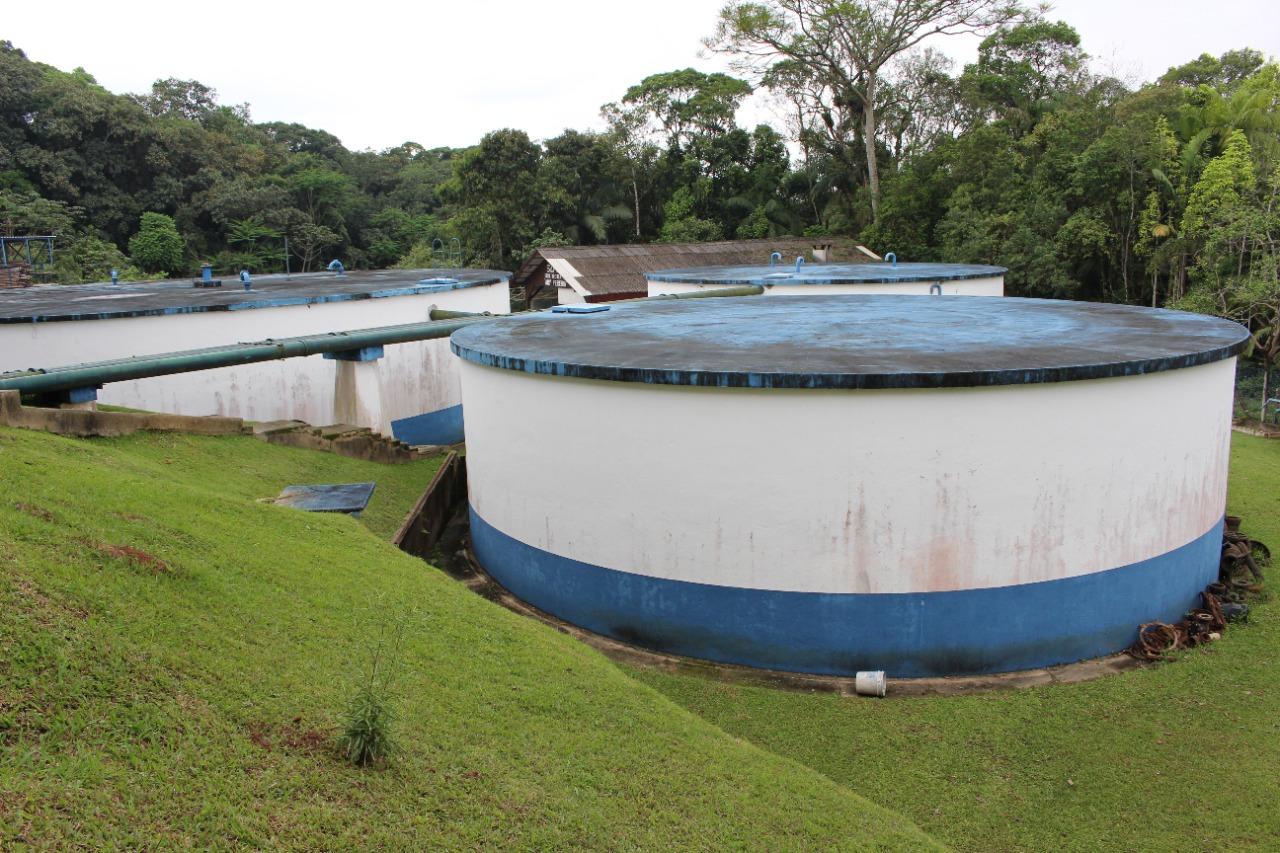 Samae se prepara para limpar todos os seus reservatórios e cisternas
