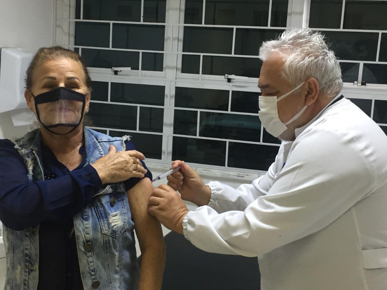 Gripe: Pouco mais de 46% das pessoas com direito já receberam a vacina contra a Influenza