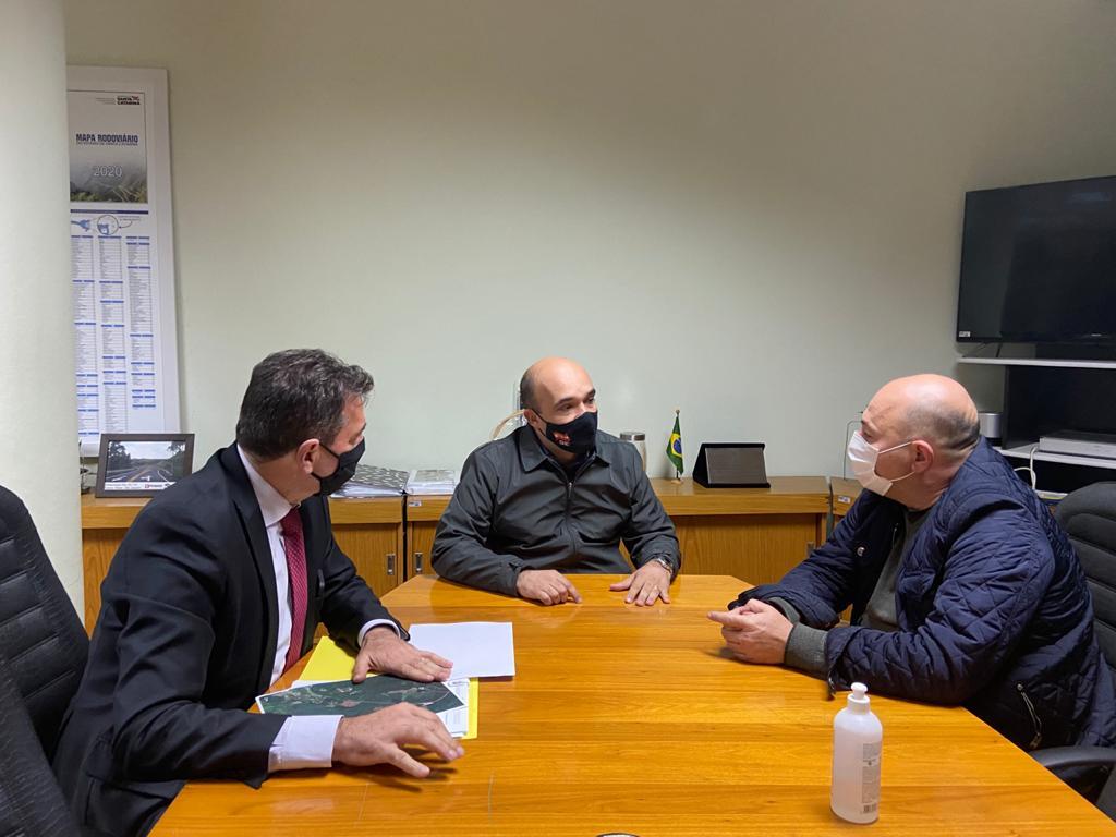 Obras de infraestrutura em ponte e rodovias são discutidas em audiência em Florianópolis com o prefeito Ari Vequi