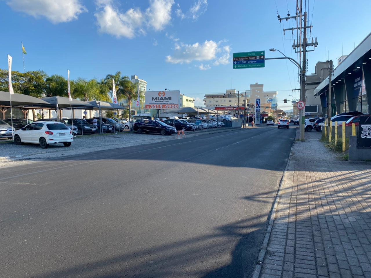 Ruas Gustavo Schlosser e Pedro Werner recebem recapeamento asfáltico